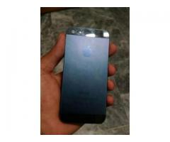 iPhone 32 GB Memory Original Set With Original Charger For Sale In Lahore
