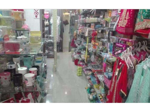 Running Business Of Ladies Clothes and Cosmetics Shop for Sale In Lahore