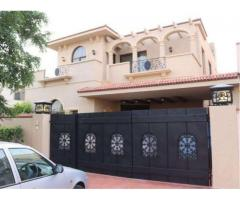 10 Marla Beautiful House Double Story Wooden work for Sale In Lahore