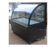 Bakery Display Counter, Counter for Bakery Shop in Pakistan, Bakery Counter