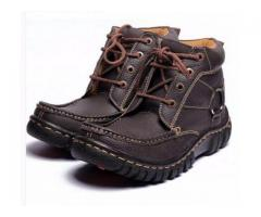 Casual and Comfortable Shoes Durable Quality For Sale With Home Delivey