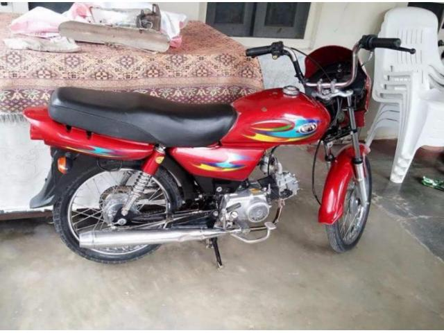 Beautiful Bike Powerful Engine Model 2015 For Sale In Abbottabad