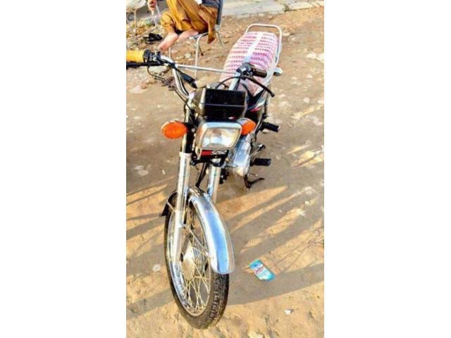 Honda CG 125 Black Color Brand New Bike Model 2015 Sale In Bahawalpur