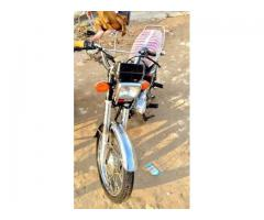 Honda CG 125 Black Color Brand New Bike Model 2015 Sale In Bahawalpur