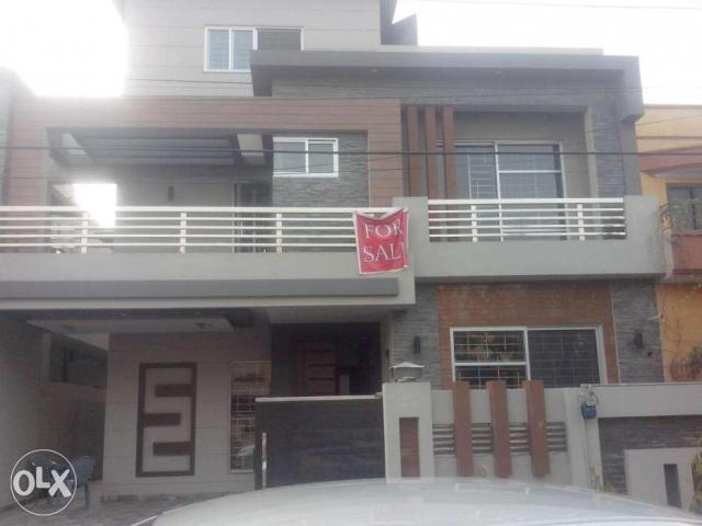 Wapda town 10 marla Brand new double story house