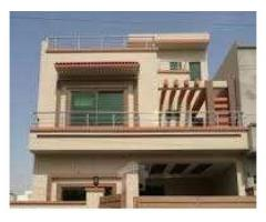 For rent 8 marla in bahria no loadshedding well living. 21