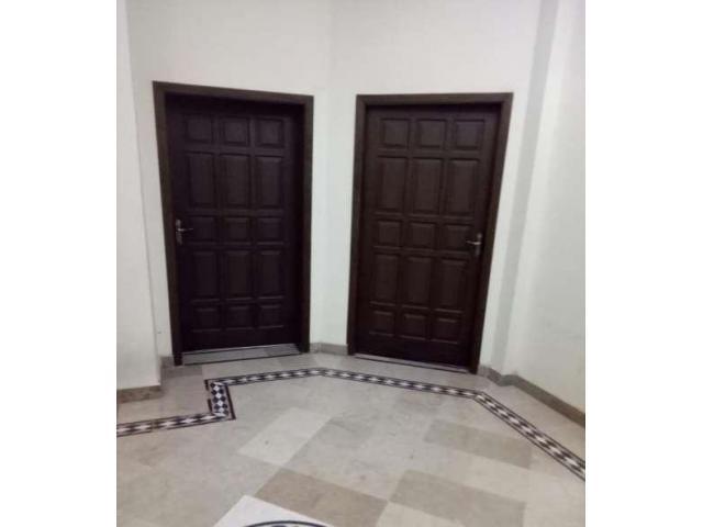 Ground porshon for rent in I10/1