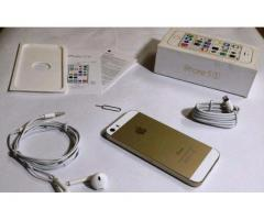 IPhone 5s NEW Condition 10/10 IMEI BOX and All Accessories