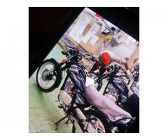 Suzuki motorcycle GS 150 SE (ALLOY RIM & DISCK BREAK ) REG & PACKAGE.