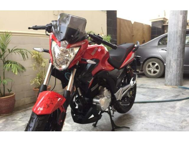 Italian Derbi STX150 heavy bike amount is good