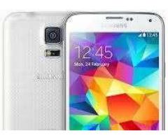 Samsung galaxy S5 white for sale in good hands