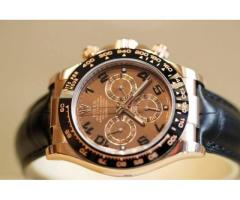 BEAUTIFUL WATCH Code: R-15 FOR SALE IN GOOD RPICE ON THIS EID