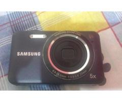 Samsung condition 10 by 10 For sale in good price package