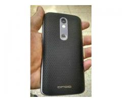 Motorola droid turbo 2 for sale in good rates