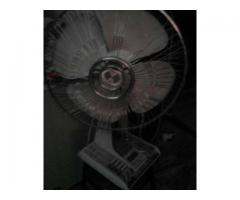 Table fan toshiba imported for sale in good amount