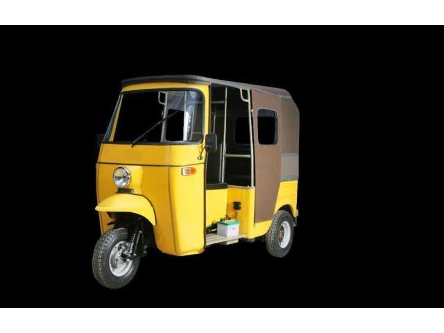 Rikshaw Service Karachi( Rikshaw chala k 80,000 kamaen Mahana)