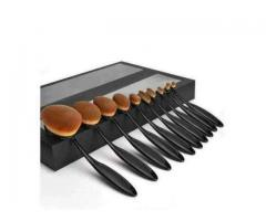 Pack of 10 Oval Brushes for make up For sale in good amount
