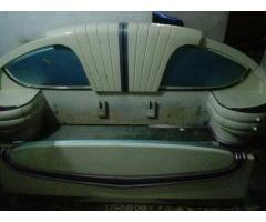 Dressing table and complete bad Original paint for sale in good reasonable price