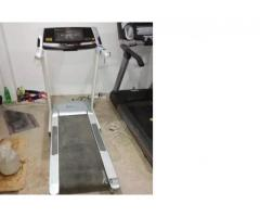 Semicommercail treadmil vid 2.5 hp motor Branded singapor FOR SALE