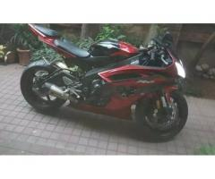 Sportbike - Yamaha R6 2011 (600cc) for sale in good amount