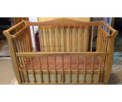 Baby cot kids crib FOR SALE  IN GOOD AMOUNT