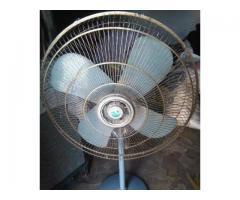 Pak Fan pedistal for sale in good amount