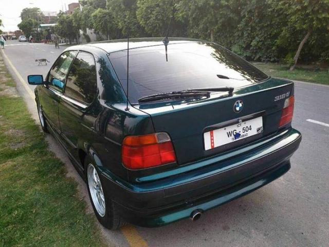 BMW 318TI FULL GENUINE FOR SALE IN GOOD AMOUNT