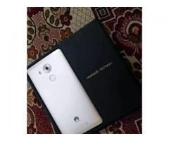 Mate 8 Gold 64GB Intetnal 4GB Ram FOR sale in good amount