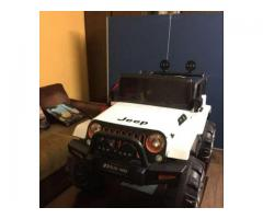 Battery operated Jeep for kids for sale in good amount