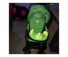 Pram in very good condition FOR sale in good amount