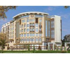 Emerald Hotel and Mall Hyderabad:  Flats and Shops on installments