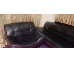 5 seater sofa set for sale in good amount