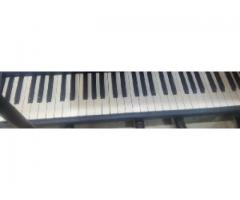 Yamaha psr 260 for sale in good amount