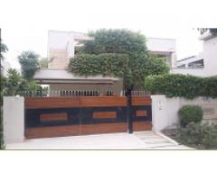 1 kanal designer house near wateen chock in DHA phase 5 FOR SALE