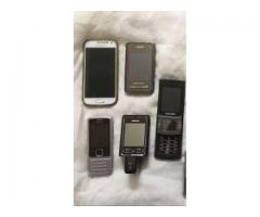 Selling my 11 old mobile phones collection