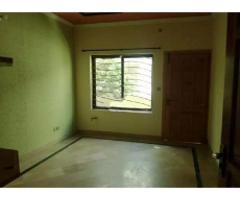 G10/1 ideal location new stylish upper portion for rent