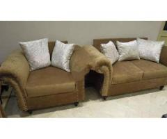 Beautiful Sofa Set Immaculate Condition for sale