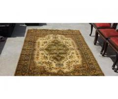 Carpet in brown color for sale in good amount
