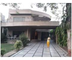 2 Kanal Commercial House in Model Town for rent