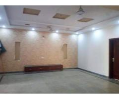 10 Marla House 5 Beds for rent Bahria Town, Sector B, Lahore