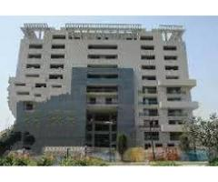 Silver Oaks 3,Bed' Full Terrace Luxury Apartment for sale in good amount