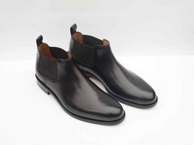 Sophisticated mid height Chelsea boot in high quality for sale
