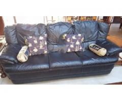 Leather Natuzzi 5 seaters two recliners for sale need money