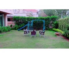 1 Kanal House F-7/1 Marvi Road Islamabad for rent easy pay of