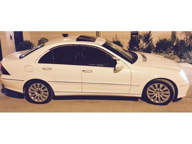 Mercedes C200 1.8 2005 For Sale in good amount and also good condition
