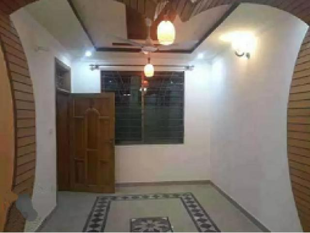 Ground portion for rent in ghouri town Islamabad attractive place