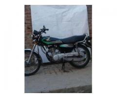 Honda 125 black colour For Sale In Lahore Pakistan