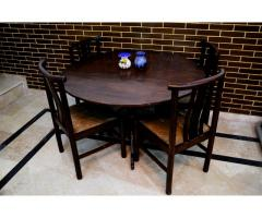 Wooden Dining Table with 4 Cushion Chairs In Excellent Condition