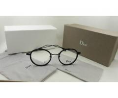 Spectacles of DIOR for sale brand is open to sale