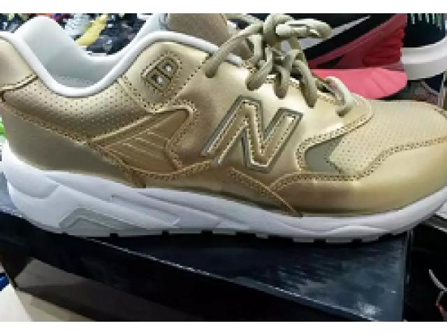 New balance usa shoe for sale in good amount